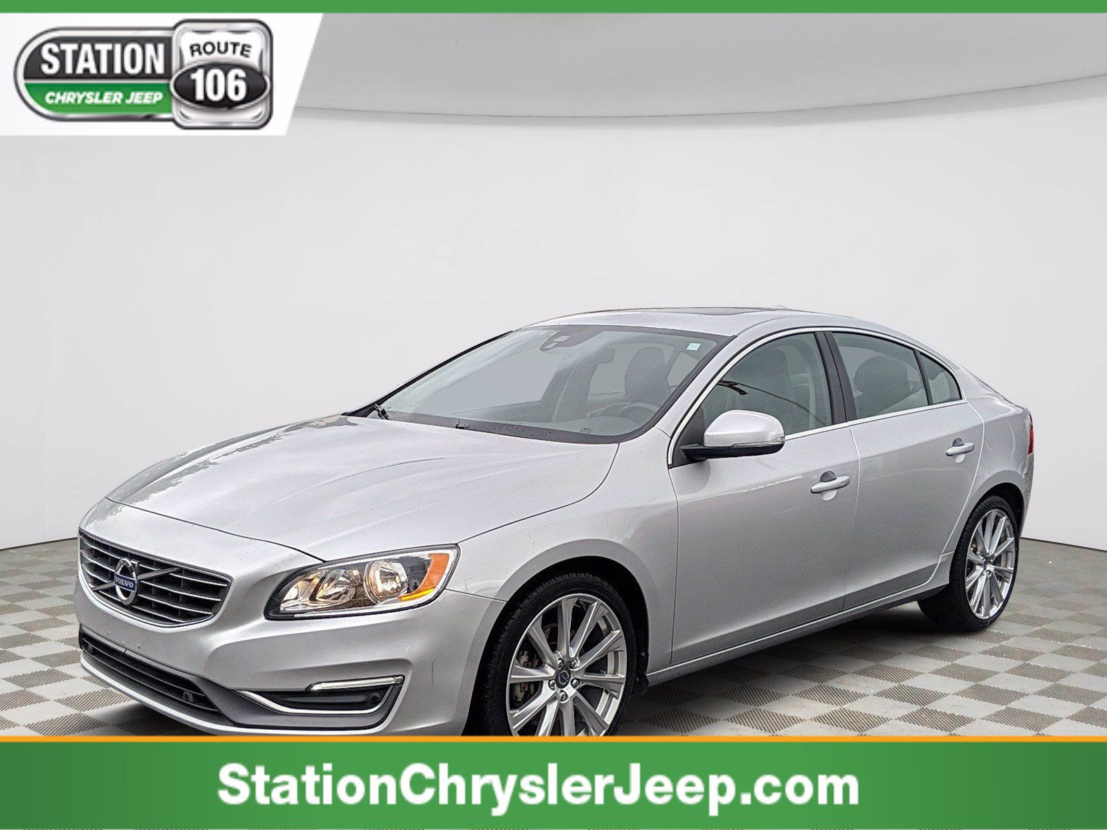 Pre-Owned 2016 Volvo S60 Inscription T5 Premier